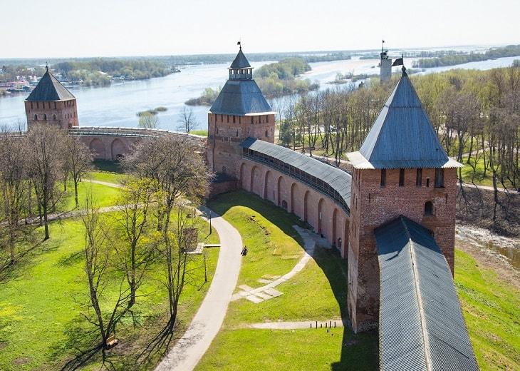 Детектив Великий Новгород